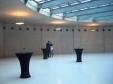 Атмосферное фойе дома искусства Cermodern